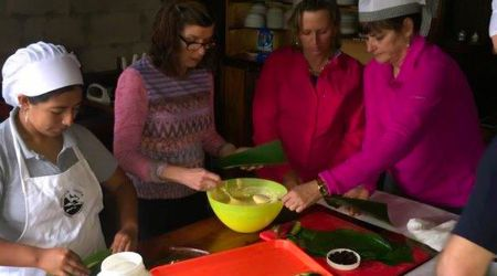 Santa Lucia Cloud forest community offer cooking class to prepare Quimbolitos