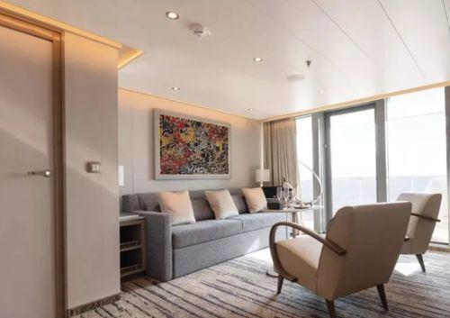 Riyal Suite