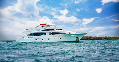 Grand Majestic Galapagos Cruise