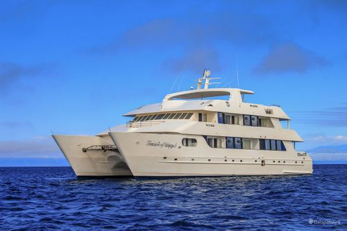 Treasure Galapagos Cruise