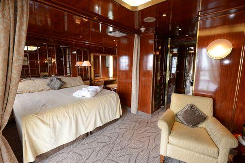 island sky penthouse suite