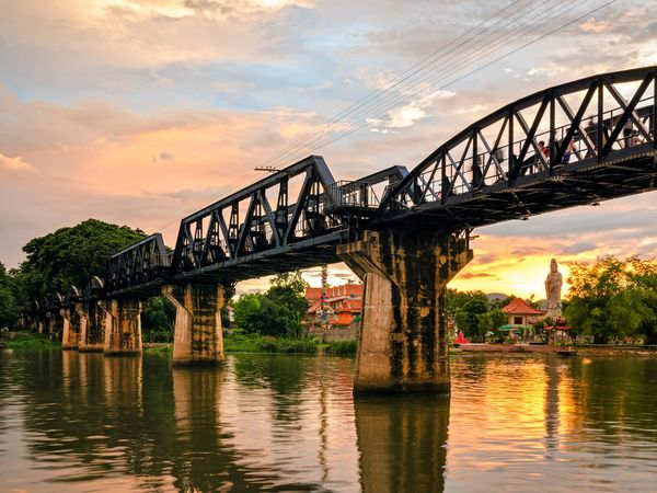 bridge over the river kwai kanchanaburi