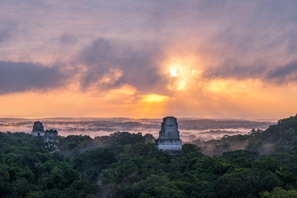 Guatemala tikal sunset