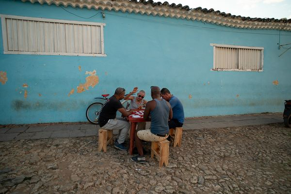 playing dominos in camaguey
