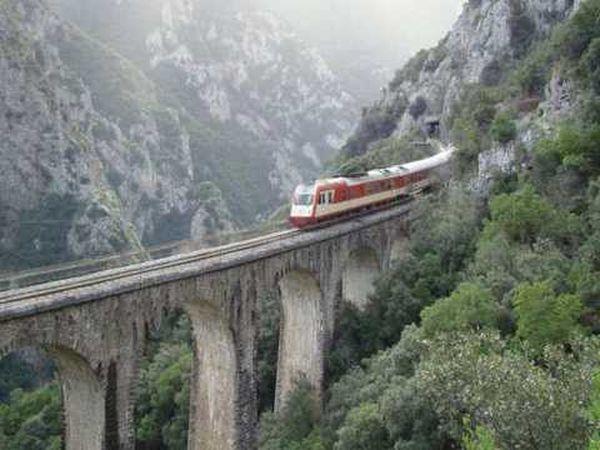 Greece Train xnts Livadia Bridge Mountains