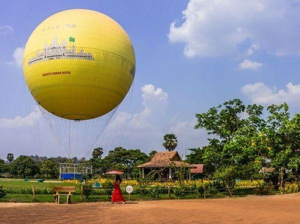 Balloon Angkor Wat