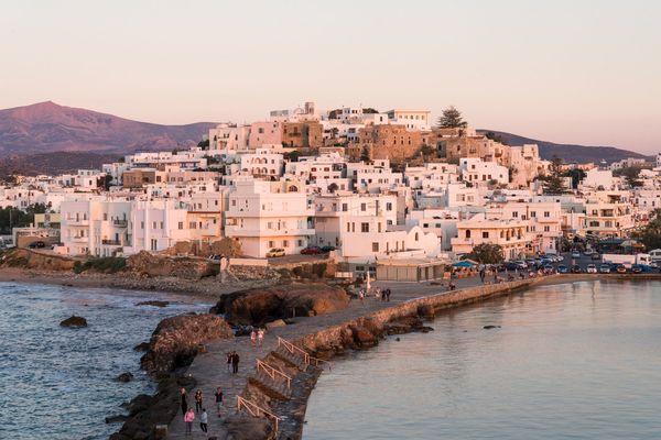 Naxos xgrei Island cyclades Portara Chora White Houses