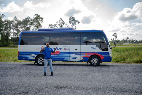 bus cuba guide Julio