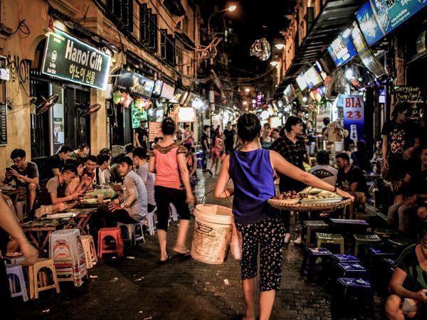 Hanoi at night by Frida Aguilar Estrada