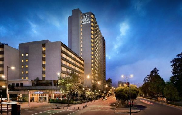 Return to Quito + Transfer to Hotel