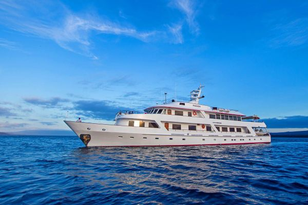 Passion Galapagos Cruise