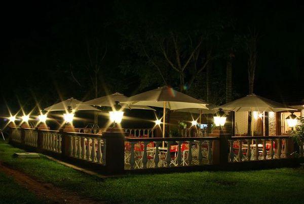 Pirayu restaurant