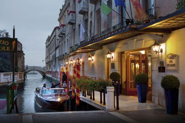 Baglioni Hotel Luna Boat Jetty